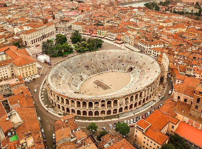 Visitare l'Arena di Verona, un sogno ad occhi aperti nella città dell'amore